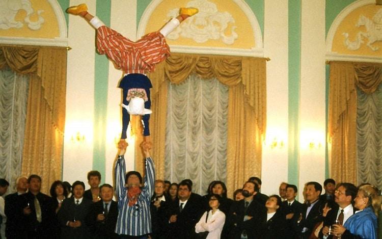 Buitenlandse gasten - circus Klomp